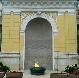 Eternal Flame commemorating the victims of war